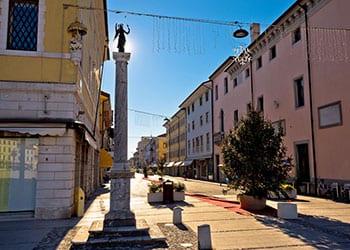 Ferie i Palmanova, Friuli